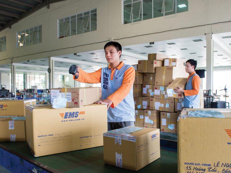 Thỏa sức chuyển hàng nhanh từ quận Hai Bà Trưng cùng EMS Việt Nam