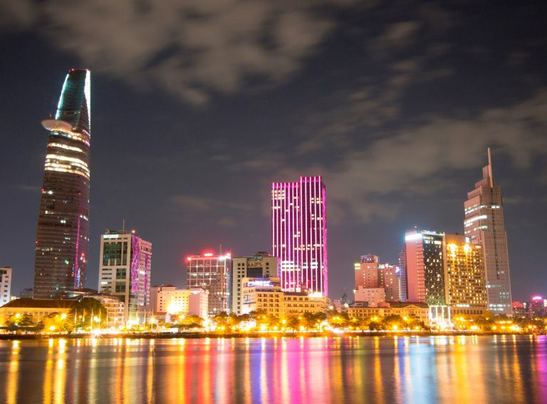 Dịch vụ chuyển phát nhanh quận Tân Bình giá rẻ của EMS Việt Nam