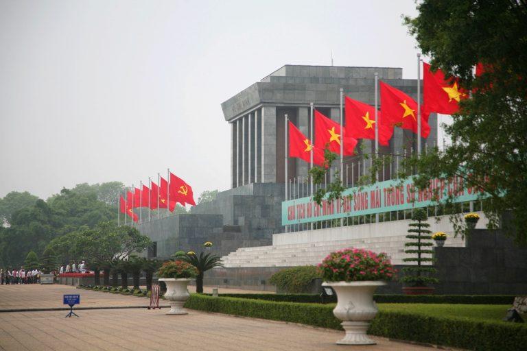 Dịch vụ chuyển hàng nhanh uy tín từ quận Ba Đình – EMS Việt Nam