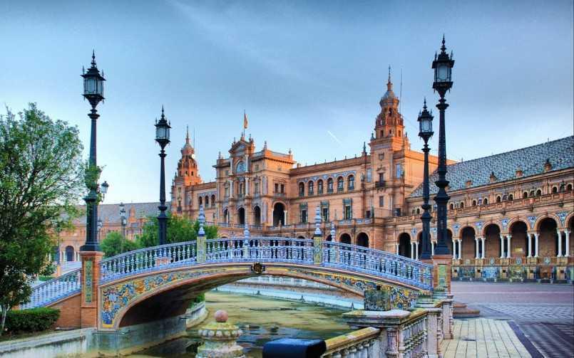 Chuyển phát nhanh đi Tây Ban Nha giá rẻ chuyên nghiệp
