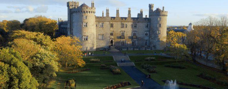 Dịch vụ chuyển phát nhanh Hà Nội đi Ireland giá rẻ và an toàn