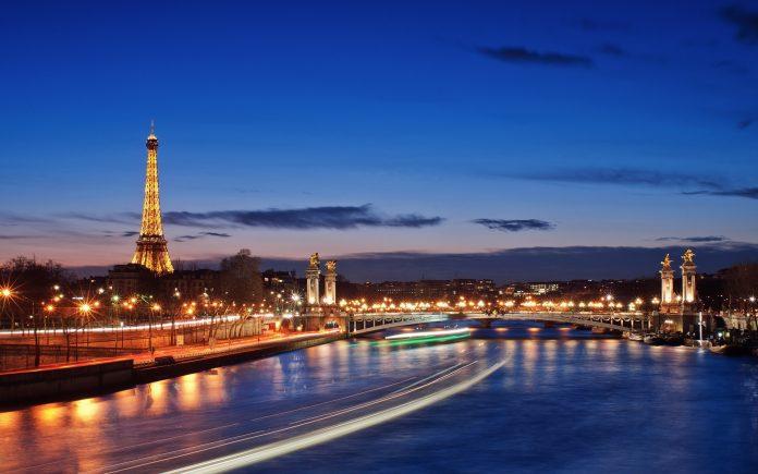 Dịch vụ chuyển phát nhanh đi Pháp giá rẻ.