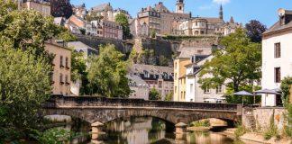 Dịch vụ chuyển phát nhanh đi Luxembourg giá rẻ.