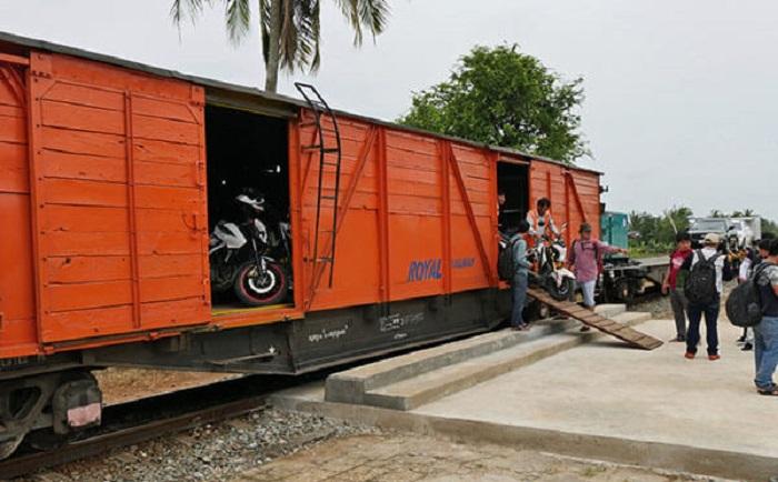 Gửi xe máy hai chiều Hà Nội - Sài Gòn đảm bảo, nhanh chóng, uy tín