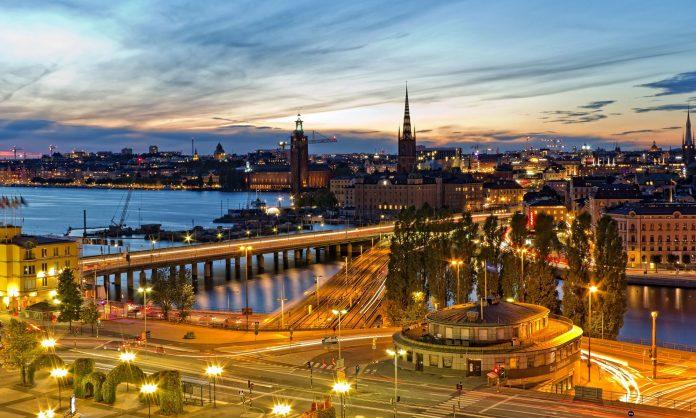 Chuyển phát nhanh đi Thụy Điển uy tín tại EMSVietnam