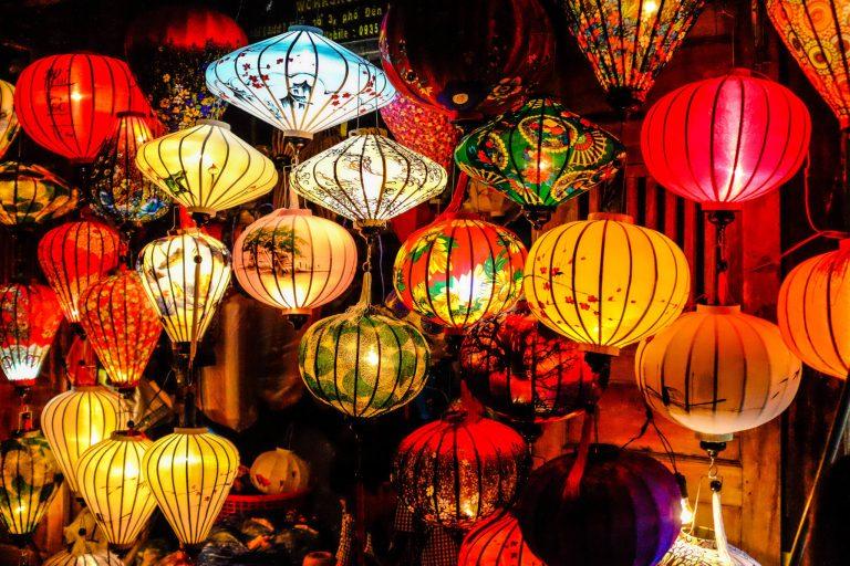 EMSVietnam – gửi lồng đèn đi châu Âu dễ dàng, tiết kiệm