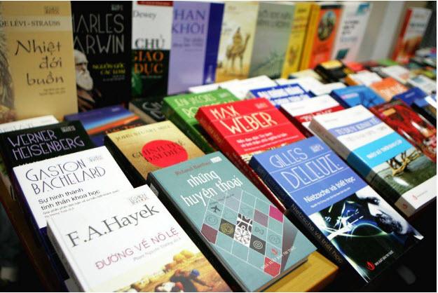 Nhận chuyển hàng sách, báo, tạp chí đi Châu Âu đảm bảo, uy tín, tiết kiệm